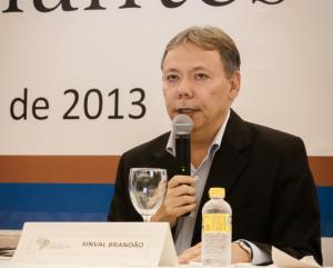 Sinval Brandão leu a Carta do Recife