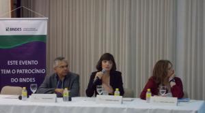 Plenária do segundo dia de Conferência: ODMs em foco
