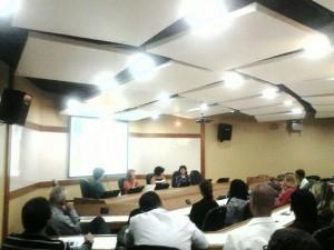 CEENSP debateu relações de trabalho e saúde