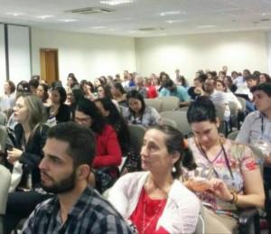 Sala da UFG recebeu 250 pessoas