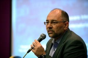 Ricardo Henriques fala durante o debate/ Foto:  Virginia Damas/CCI/ENSP/Fiocruz