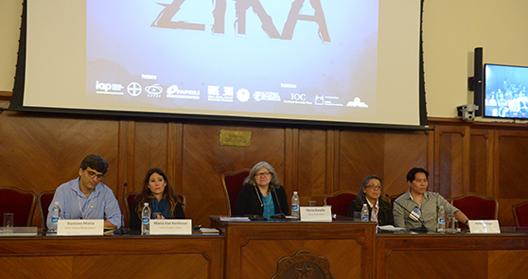 Pesquisadores brasileiros e estrangeiros destacaram os esforços da comunidade científica para desvendar os efeitos do vírus zika no terceiro dia do evento (foto: Gutemberg Brito, IOC/Fiocruz)